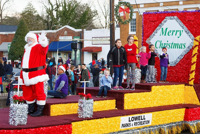 Lowell NC Christmas Parade 2019 - 00229_DxO.jpg