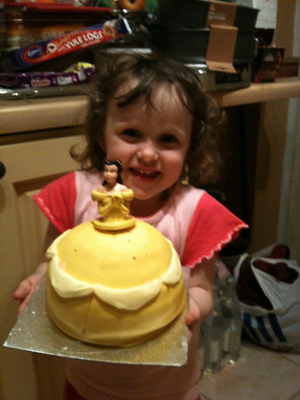 Amelia's B'day (4th) Cake: Nov 2011