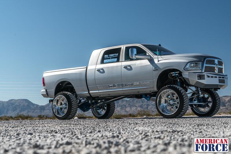 Ridin'-High-Silver-Dodge-Ram-161105-DSC02771-23.jpg