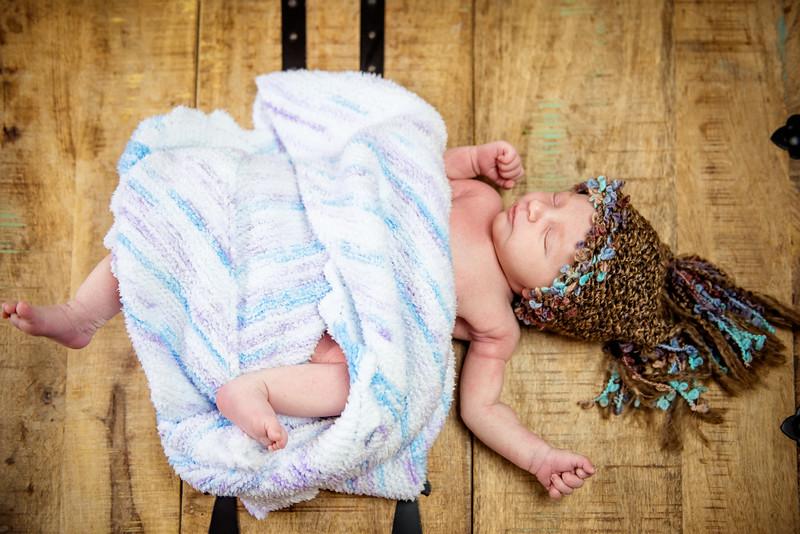 Erica-Agostinelli-newborn-_7507937.jpg