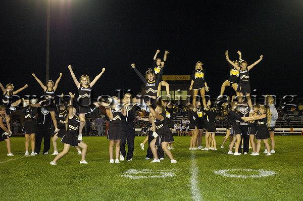 Jr. Comets Cheerleaders at RCHS (2006)
