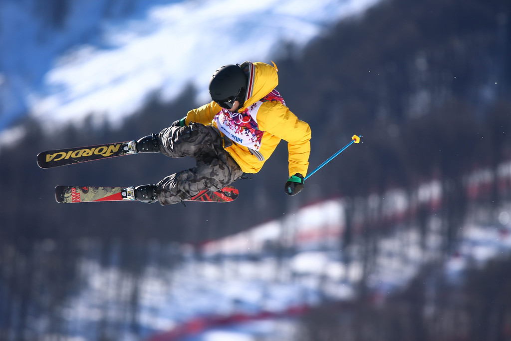 . Benedikt Mayr of Germany in action during the Men\'s Freestyle Skiing Slopestyle qualification in the Rosa Khutor Extreme Park at the Sochi 2014 Olympic Games, Krasnaya Polyana, Russia, 13 February 2014.  EPA/JENS BUETTNER
