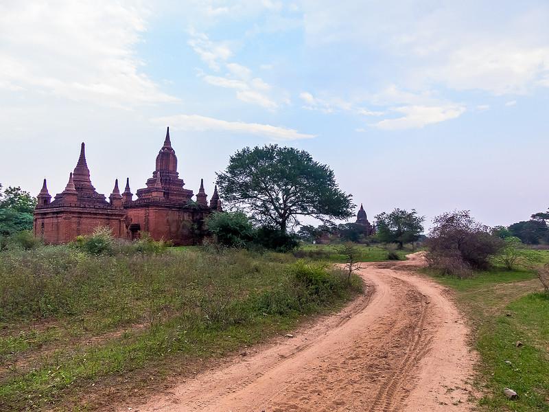 Myanmar Bagan Temples_P1160559.jpg