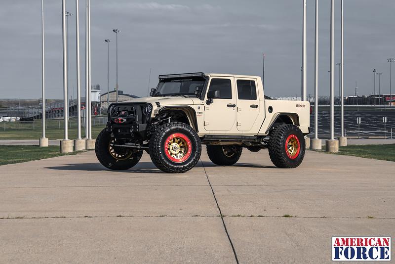 Starwood-Jordan-Bandit-Jeep-Beadlock-EVOBD5-160312-DSC00616-17.jpg