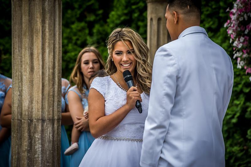 Vanessa Farmer wedding day-176.jpg