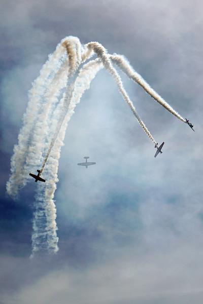 DSC06503-stunt planes.jpg