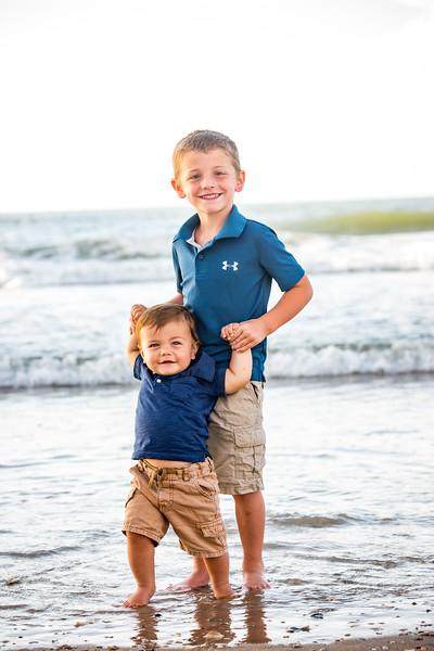 Family beach photos-140.jpg