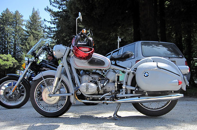 Old BMW bike at Alice's Restaurant
