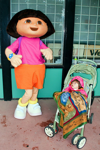 Dora dances for Julia