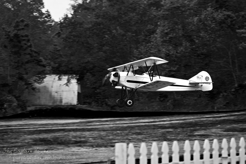 yellow plane BW.jpg