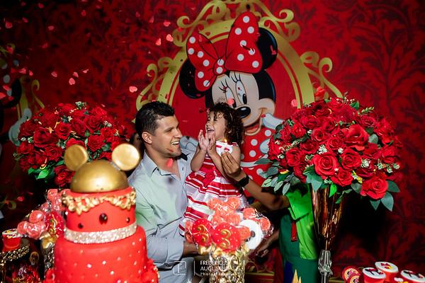 Aniversário Minnie da Letícia em Contagem no Salão Arco-Iris