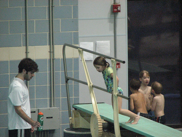Pictures - Kids at Dive Class- 2/11/11