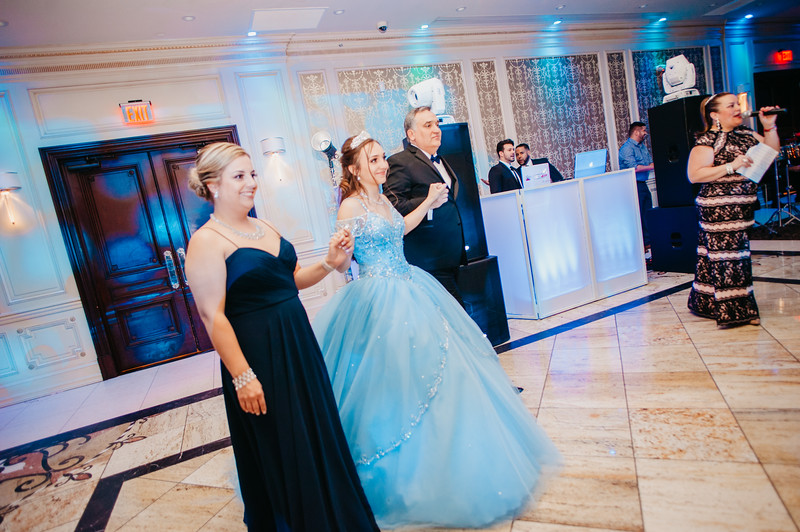 First Dance Images-100.jpg