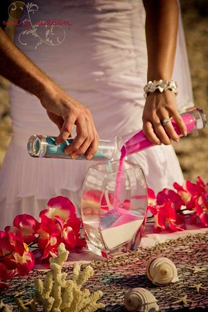 beach shells wedding.jpg