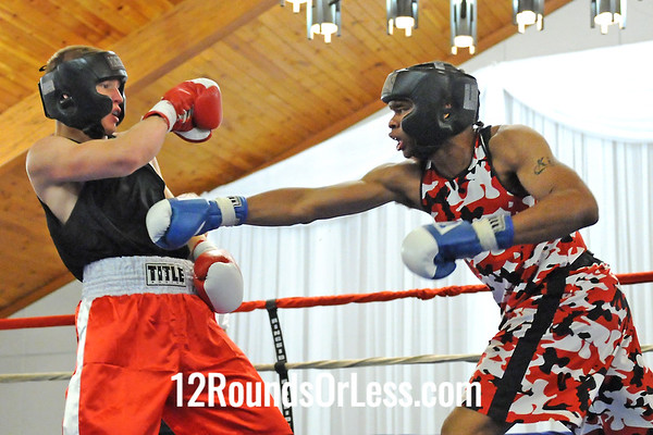 Bout 6 Jimmy Bland, Cleveland -vs- Corry Downing, Youngstown, 178 lbs