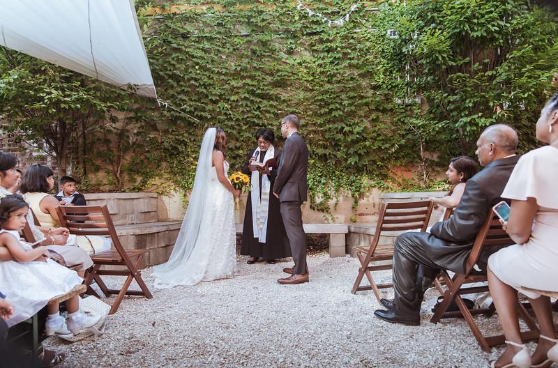 Lumobox preview wedding400.JPG