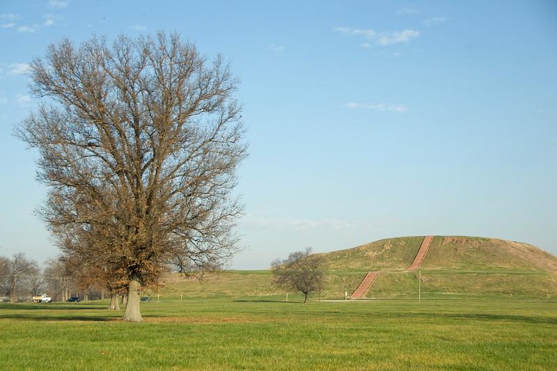 Monks Mound in Cahokia, Illinois, USA