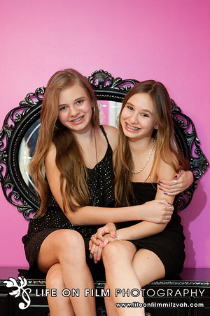 Zoe and Valerie L.