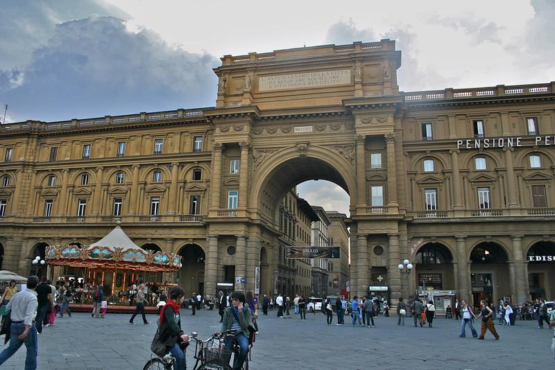 Piazza della Republica-Florence