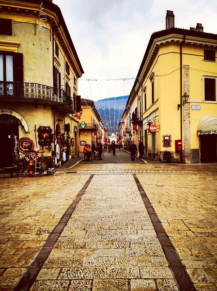 umbria norcia street.jpg