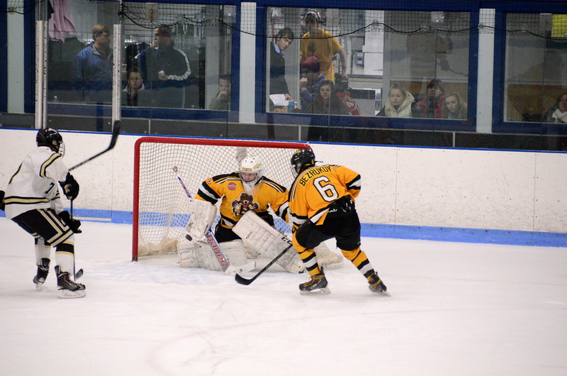 150103 Jr. Bruins vs. Providence Capitals-120.JPG
