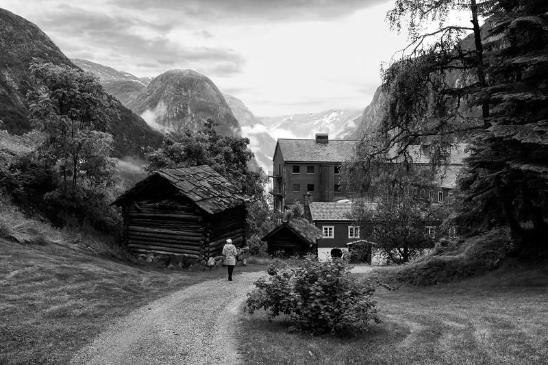 6-26-16143678Solvorn &d Ørnes Walaker Hotel.jpg