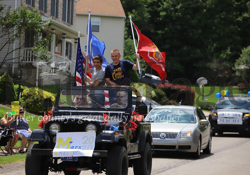 0601_loc_Grad parade 2872.jpg