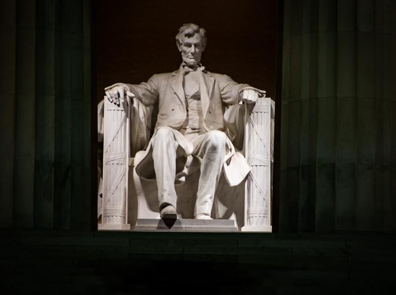 33903-Lincoln Memorial-©Yvonne Carter.jpg
