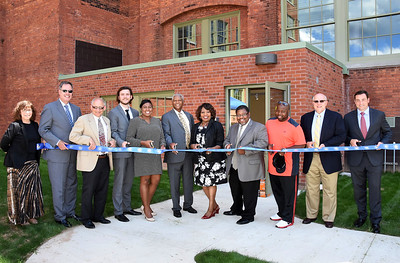 Mayor Warren and Councilmembers attend Michelsen and Mills ribboncutting ceremony. 8/5/2015