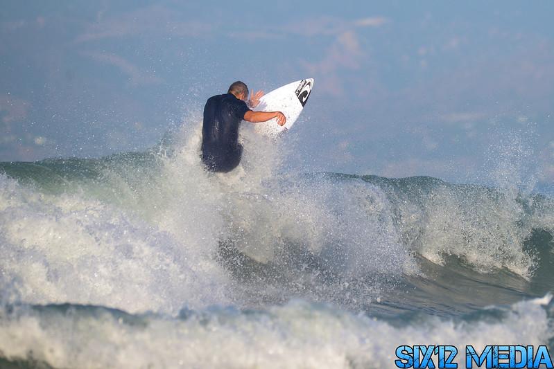 Venice Beach Pier Surf-159.jpg