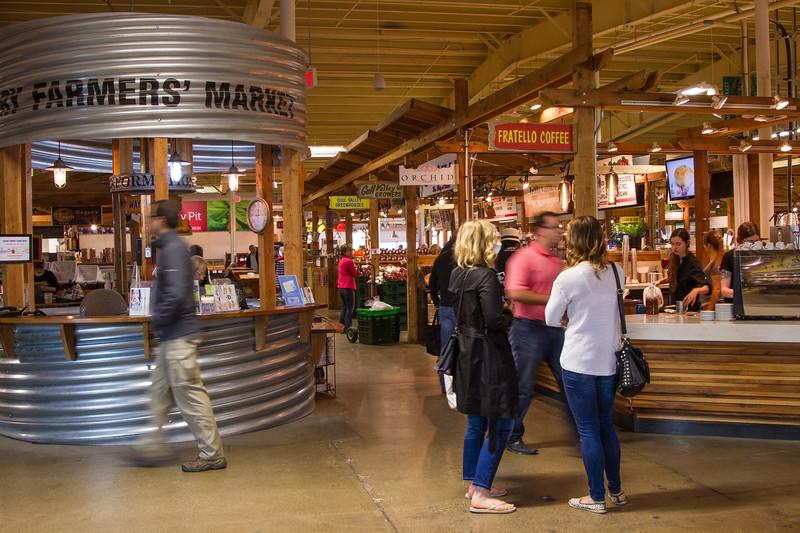 Genevieve Hathaway_Alberta_Calgary_Farmer's Market.jpg