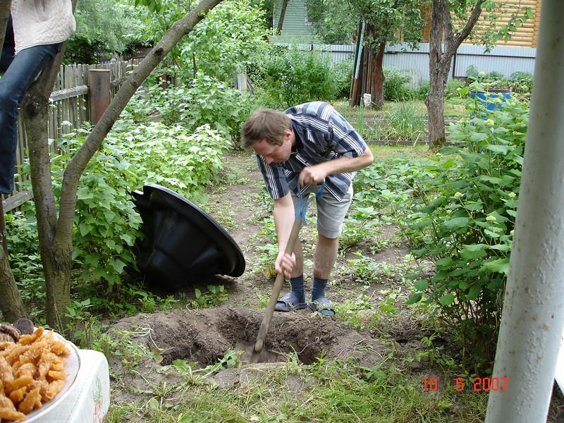 2007-06-10 У Князевых на даче 06.jpg