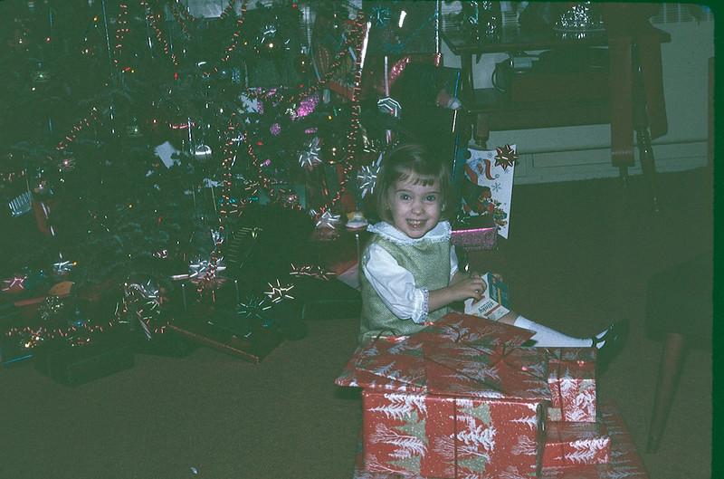 1969 12 Christmas 12.jpg