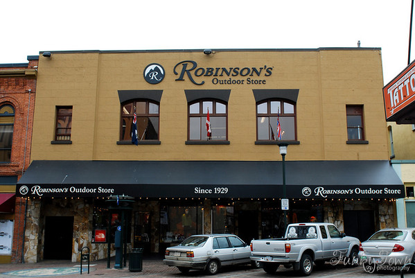 Robinsons Outdoor Store
