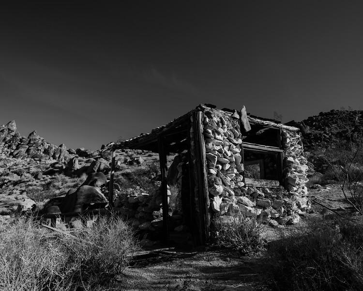 007-Death-Valley-Mountain-Cabins.jpg