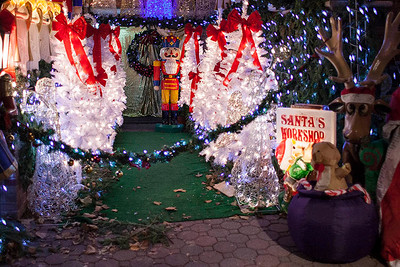 Dyker Heights Christmas Lights 2014