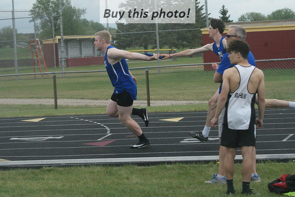 BBE track and field at Morris 05-20