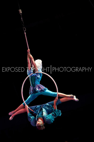 L-Hoops and Baroque Dance (Gold Team)-16.jpg