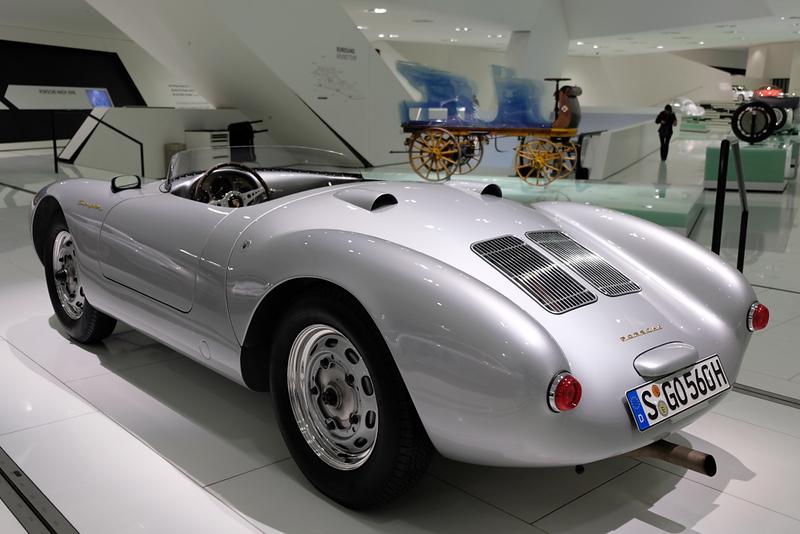 Porsche Museum 550 James Dean.jpg