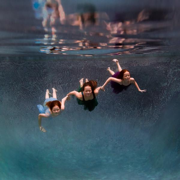 UnderwaterJeniSquare5.jpg