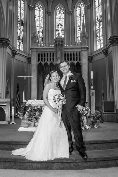 Jennie & EJ Wedding_00131-BW.jpg