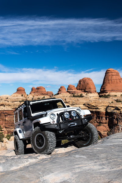 JK350 - White - Moab