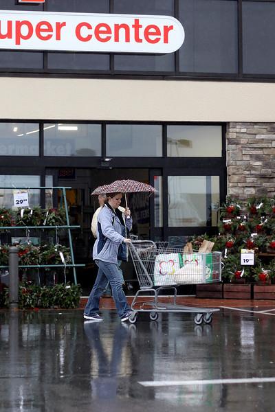 Thanksgiving Shopping in the rain 112713