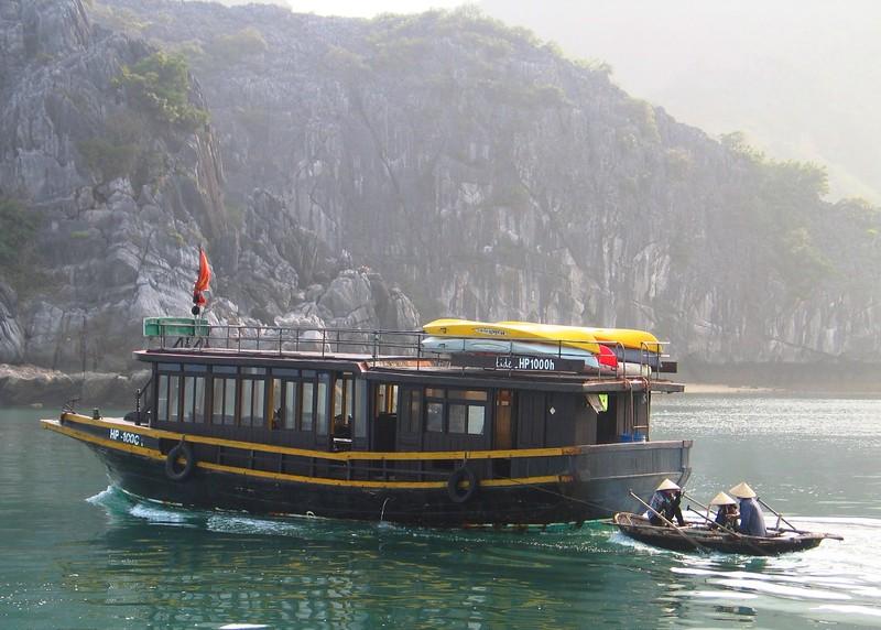 Ha Long Bay (218) 2.jpg