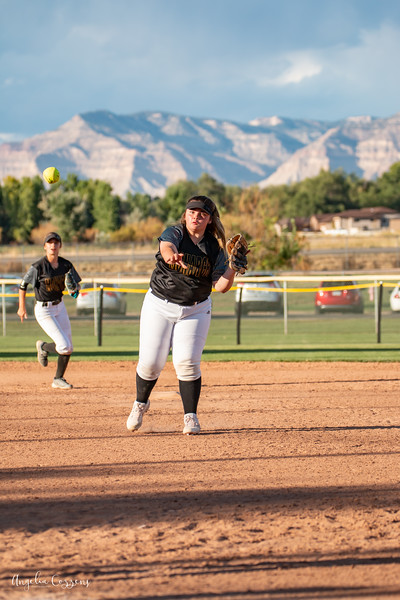 IMG_5155_MoHi_Softball_2019.jpg