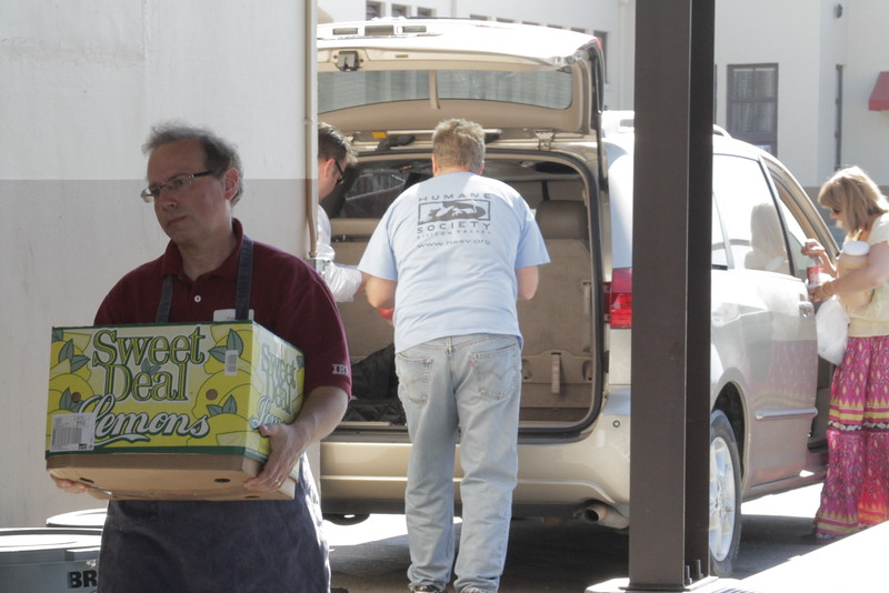 abrahamic-alliance-international-gilroy-2012-08-26_16-04-45-abrahamic-reunion-community-service-rick-coencas.jpg