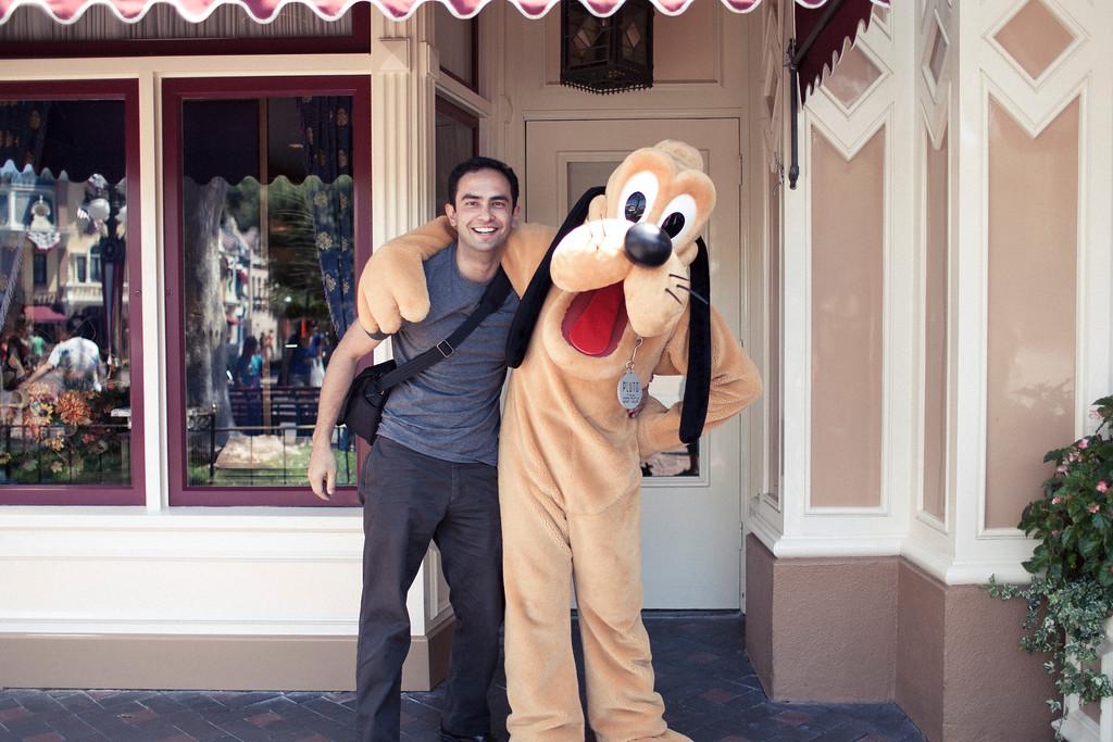 alexandergardner-DisneyLA-20110902-5