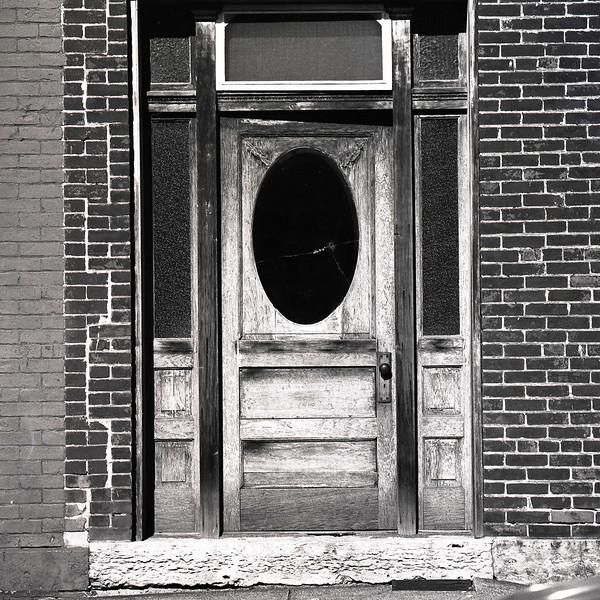 47689359_Galena Door