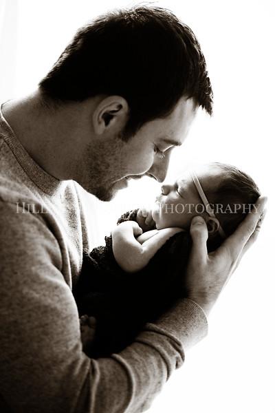 Hillary_Ferguson_Photography_Carlynn_Newborn150.jpg