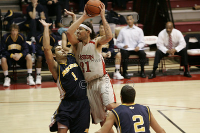 WSC vs Regis Basketball men 12/13/09
